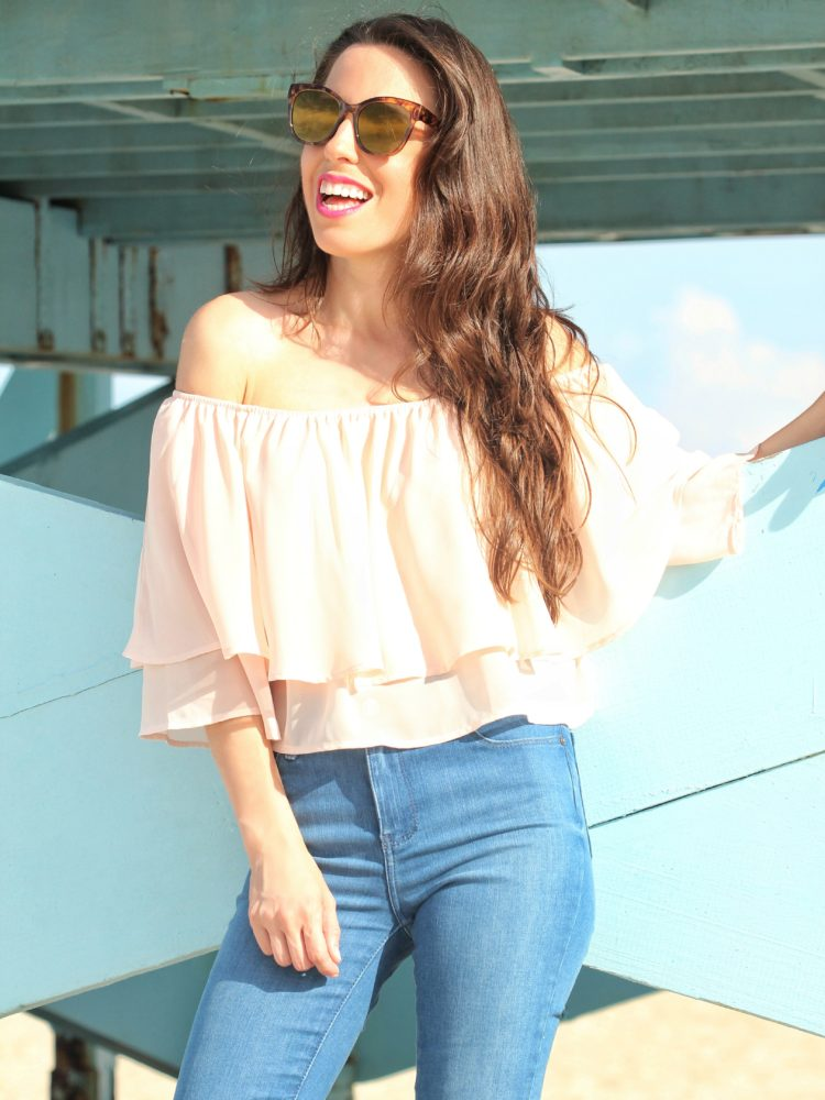 Flouncy Top & Jeans Summer Look
