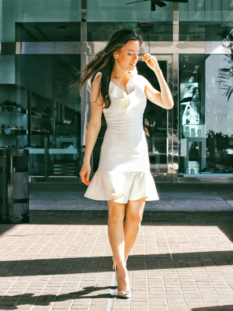 5 Reasons to Have a Midi Dress in Your Closet