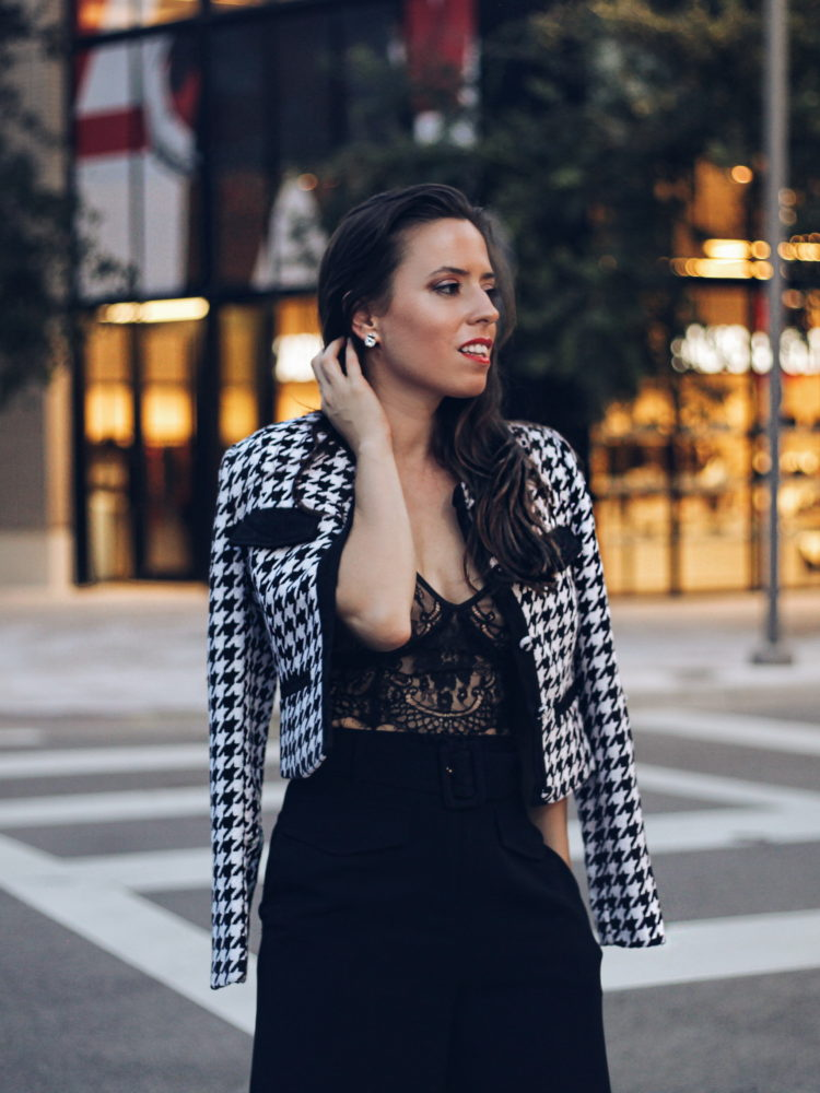 Look of The Night – Houndstooth & Lace